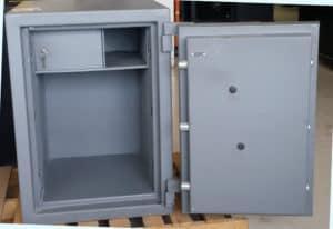 Reliance TL15 Safe Grey Door Open Dims Exterior: H-36'' x W-26'' x D-28 .8'' Interior: H-31' x W-20'' x D-19''